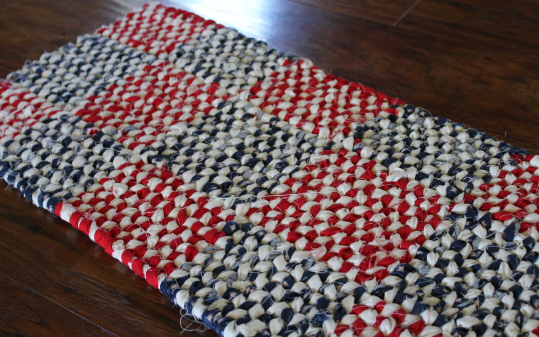 Things to Make that are Patriotic, Learn How to Make a Rag Rug