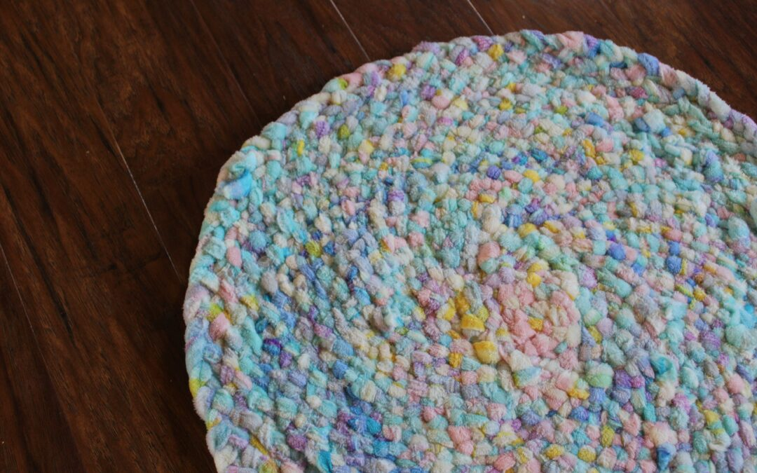 Fleece Projects: How to Make a Soft Rug