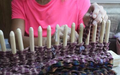 How to Make a Peg Loom – Homemade Rug Loom