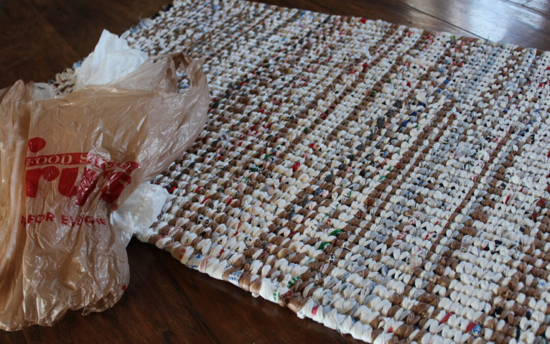 Weave a Rug Using Plastic Bags